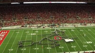 La Banda de la Universidad de Ohio, volvió a sosprender a los aficionados.