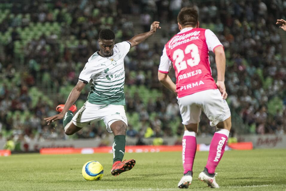 Santos no hacía cinco goles como local desde el 2012  20180214-4384.jpg