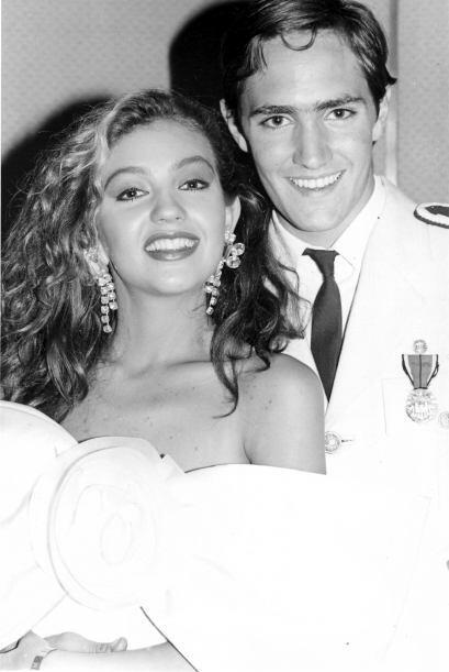 """En """"Luz y Sombra"""", de 1989, fue pareja de Thalía."""