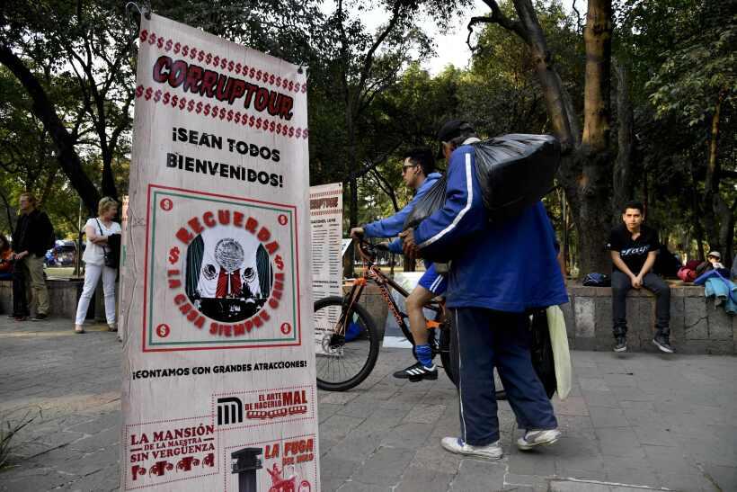 Cada domingo circula en Ciudad de México este tour con diez parad...