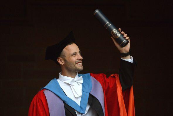 Pistorius se hizo acreedor del respeto de la comunidad deportiva y más a...