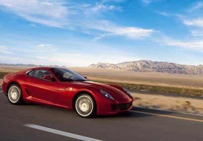 El Ferrari 599 GTB es la berlina de 12 cilindros de mayor desempeño jamá...