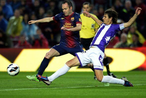 El Barcelona recibió en el Camp Nou al Valladolid ya como campeón de Lig...
