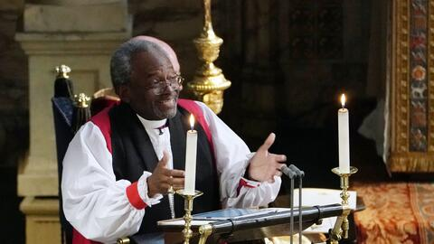 El obispo Michael Curry durante el sermón en la boda del príncipe Harry...