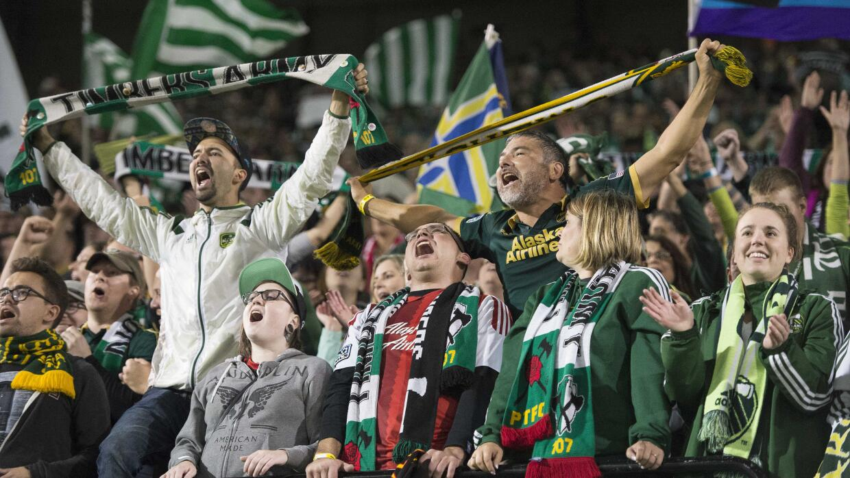 Timbers Army celebra pase a semifinales de Portland Timbers
