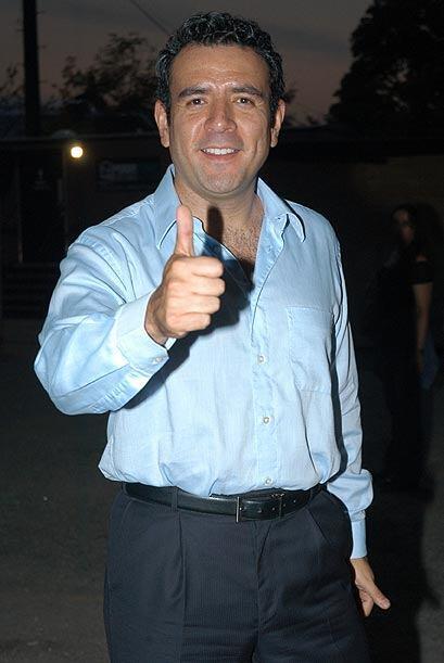 """Héctor Sandarti, quien es """"Dandy"""" en la telenovela """"Hasta que el dinero..."""