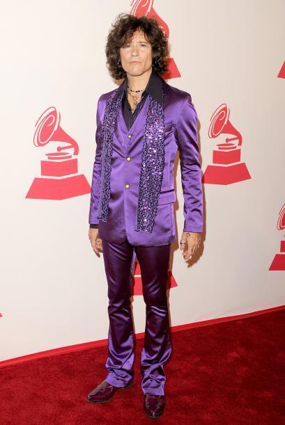 Enrique Bunbury con su estilo rockero en Las Vegas.