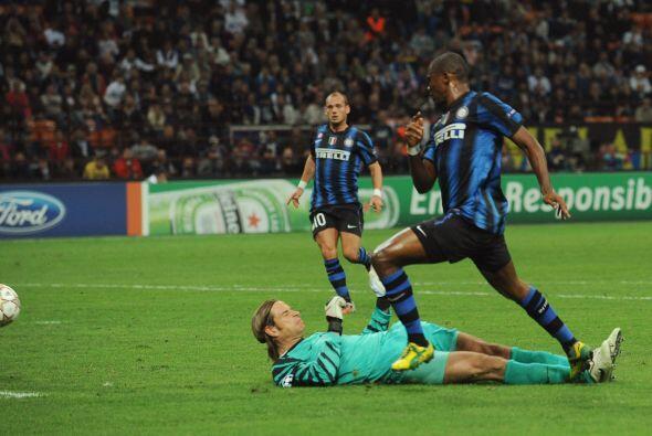 Samuel Eto'o tuvo un día brillante e hizo añicos al rival con sus goles.