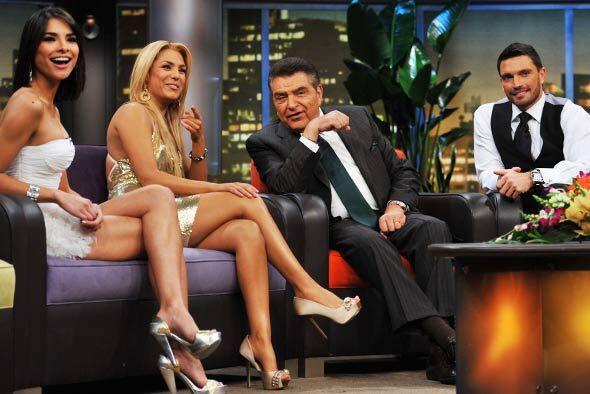 Durante el corte comercial, Don Francisco siempre bromea con los camar&o...