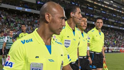 La Concacaf anunció la lista de árbitros para la Copa Oro