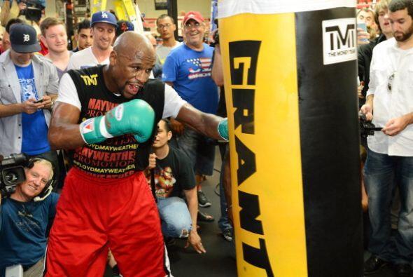 Floyd Mayweather Jr. se vio fuerte y está listo para enfrentar a Saúl 'C...