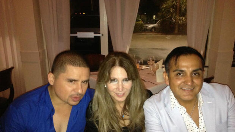 Arturo Rivera, el ángel y mejor amigo de Jenni  A-_4aKNCYAA6M2J.jpg