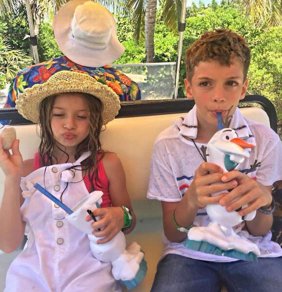 William Levy y Elizabeth Gutiérrez de vacaciones