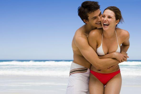 Aparte de reír, también entre las parejas se debe recobrar el sentido de...
