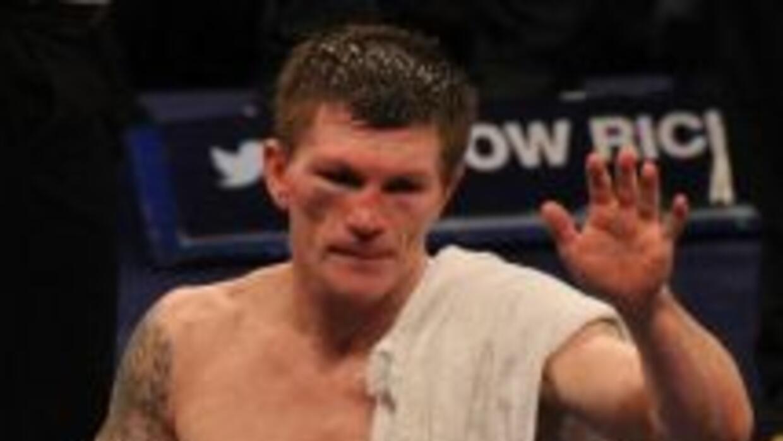 Ricky Hatton anunció su retiro del boxeo profesional después de perder c...