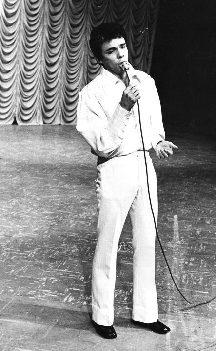 José José, circa 1973, cuando iniciaba su carrera en el pr...