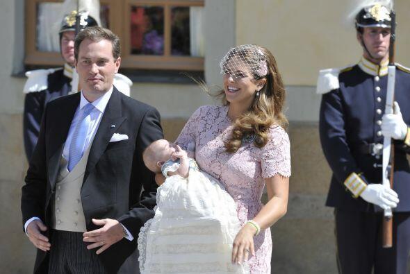 Su bautizo fue más modesto que el de su prima Estela, hija de Vic...