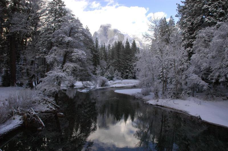 Así se ve el invierno en los parques nacionales de Estados Unidos Merced...