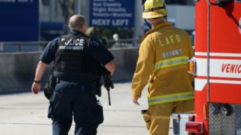 Bomberos y policias trabajarán juntos en nuevas tácticas de rescate en s...
