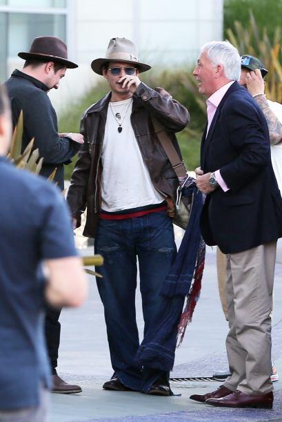 Mira más fotos del anillo de compromiso de Johnny Depp.Mira aquí los vid...
