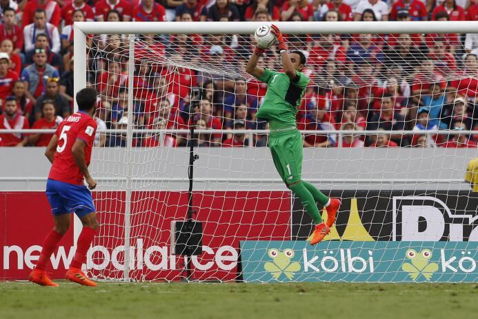 ¡Costa Rica es mundialista con gol de último minuto! ap-17280812113929.jpg
