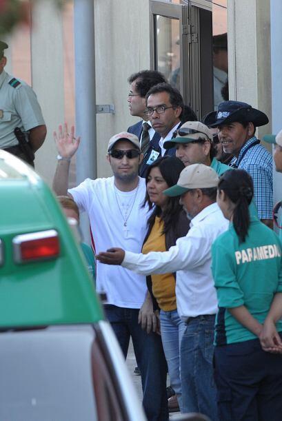 Todos los mineros que fueron rescatados el miércoles pasado tras...