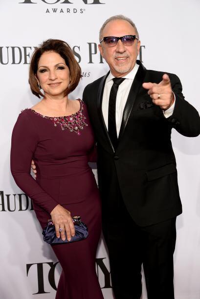 Gloria y Emilio Estefan Mira aquí los videos más chismosos.