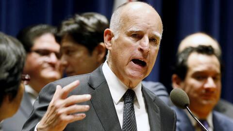 Jerry Brown presenta un presupuesto de 1,500 millones de dólares más par...