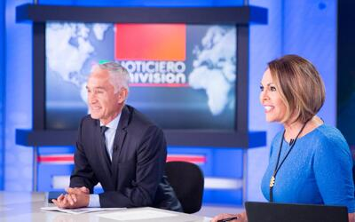 Univision co-anchors, Jorge Ramos and María Elena Salinas