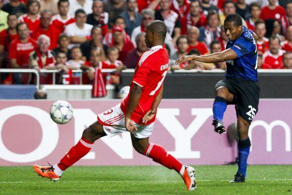 Por otra parte, Benfica recibió al poderoso Manchester United.
