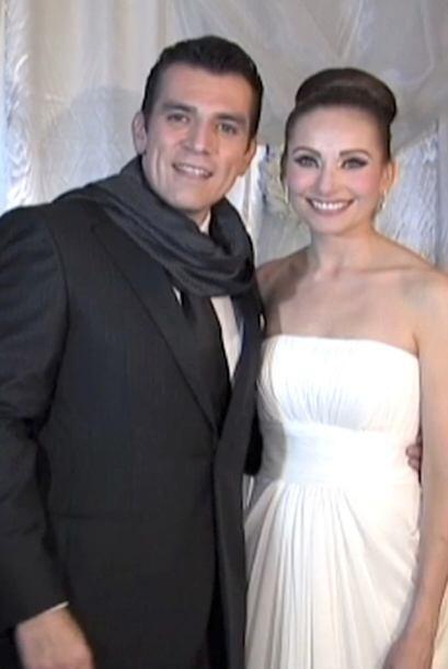 Jorge Salinas y Elizabeth Alvarez contrajeron matrimonio civil en la Hac...