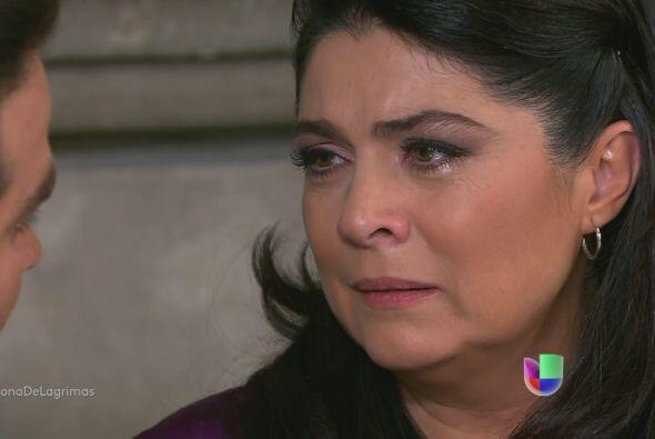 """¿Y qué tal en """"Triunfo del Amor""""? Ella lloraba por su hija, porque se en..."""