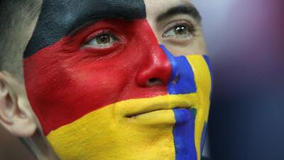 Los fanáticos de Suecia y Alemania se pintan de fiesta en el Mundial de Rusia 2018