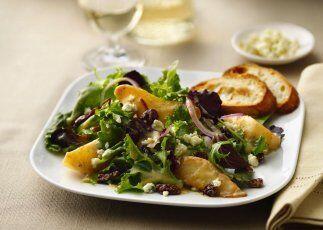 Peras acarameladas y ensalada de gorgonzola . Pon a tus invitados a adiv...