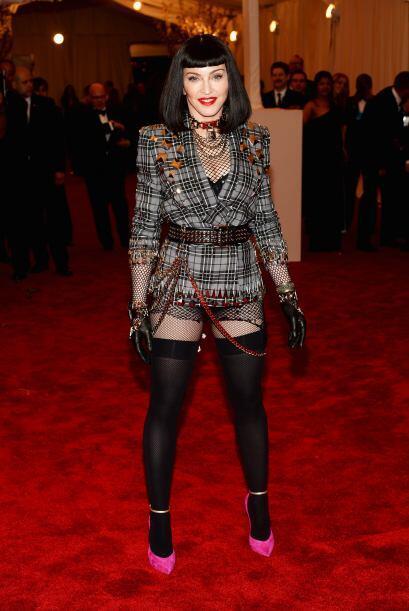 Madonna totalmente irreconocible con ese atuendo con el que en verdad no...