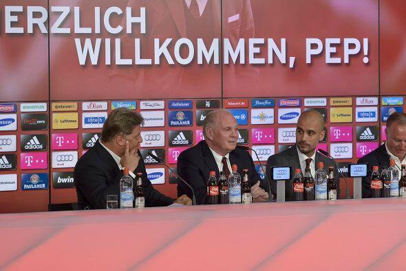 Se hizo la presentación oficial de Guardiola como entrenador del Bayern.