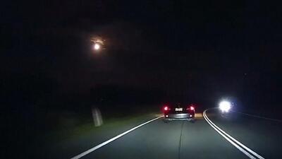 Una bola de fuego atravesó el cielo en Australia y las autoridades no saben qué es