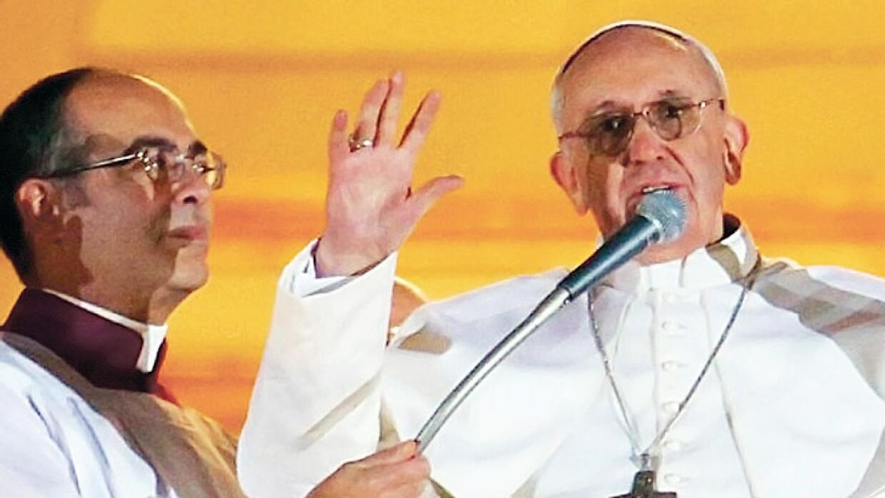 Monseñor Guillermo Karcher, mano derecha del Papa Francisco.