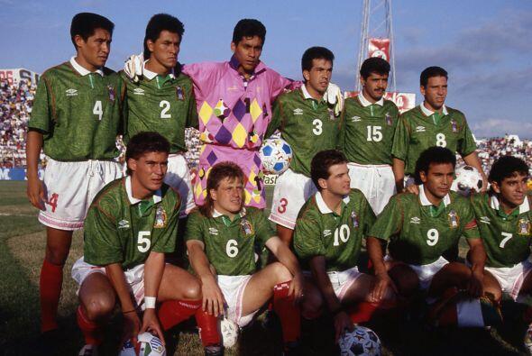 El estadio Azteca fue el escenario en el que México recibió a Honduras e...