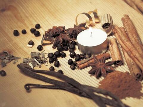 Velas de cera. ¡Prepara velas aromáticas! Pon papel de horn...