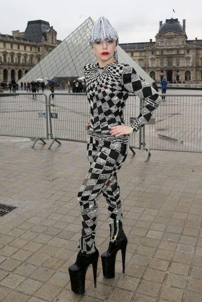 Por estos y muchos 'modelitos' más, Lady Gaga es y seguirá siendo, una d...