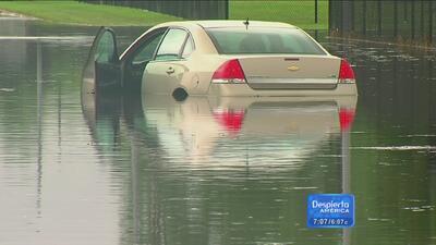 Fuertes lluvias inundan las calles de Detroit