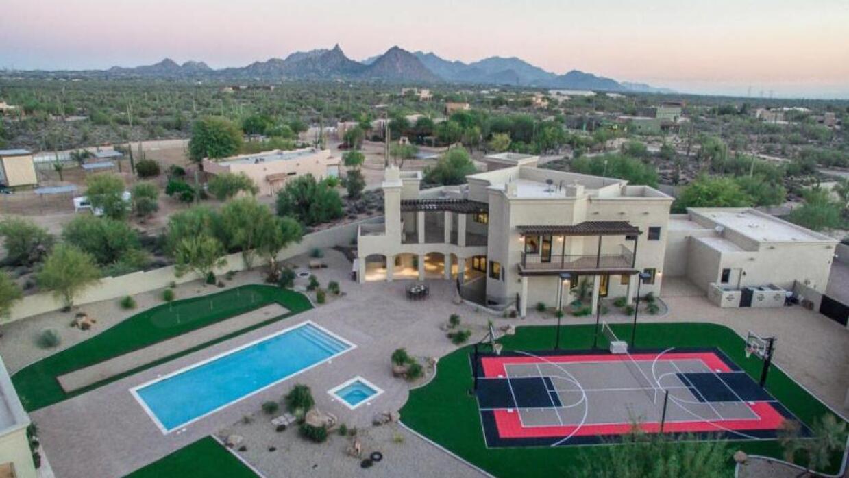 ¡La mansión de Sarah Palin en Arizona está a la venta! wk_568aa764dcdd0.jpg