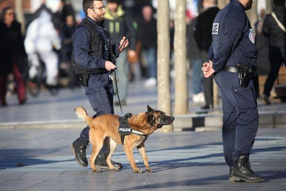 Alrededor de 5,500 policías y militares se encargaron de la seguridad a...
