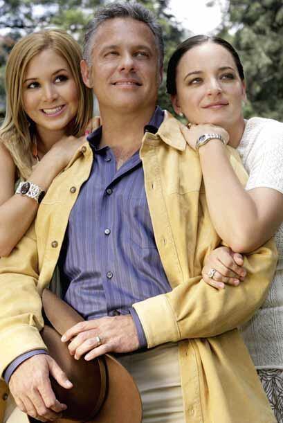 Su familia era tan despreciable como él. Lo apoyaban en todo.