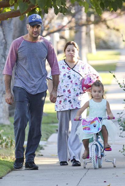 La paternidad es algo que disfruta al máximo el actor mexicano, J...