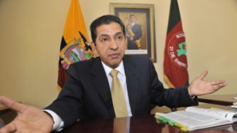 Ex presidente Gutiérrez pide la disolución del parlamento