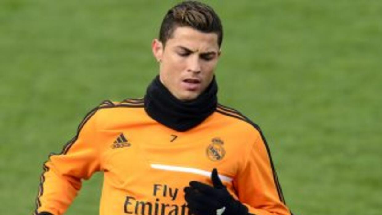 Ronaldo aceptó que la insistencia de Ferdinand le hizo analizar una vuel...