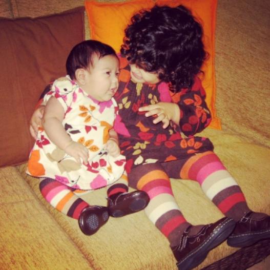 Karla Martínez y Micaella
