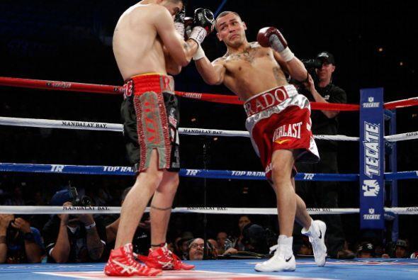 El ahora campeón, estuvo a punto de mandar a Ríos a la lona en el tercer...